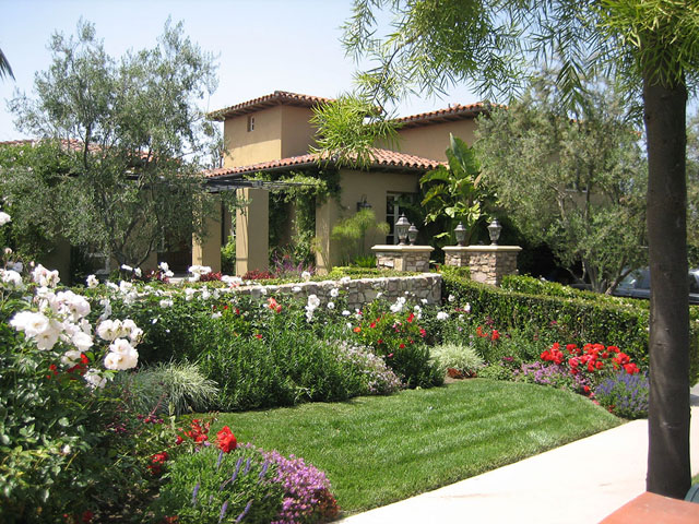 Оригинальный ландшафтный дизайн garden